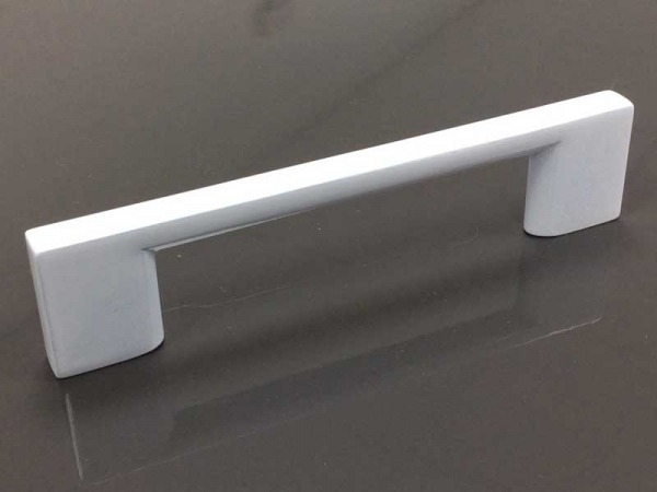 Poppy White Gloss Handle